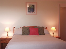 Self Catering Cottage - Bedroom